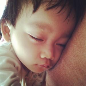 repotnya, kalau udah batuk bisa sampai muntah! setelah muntah, baru bisa tidur nyenyak. :(