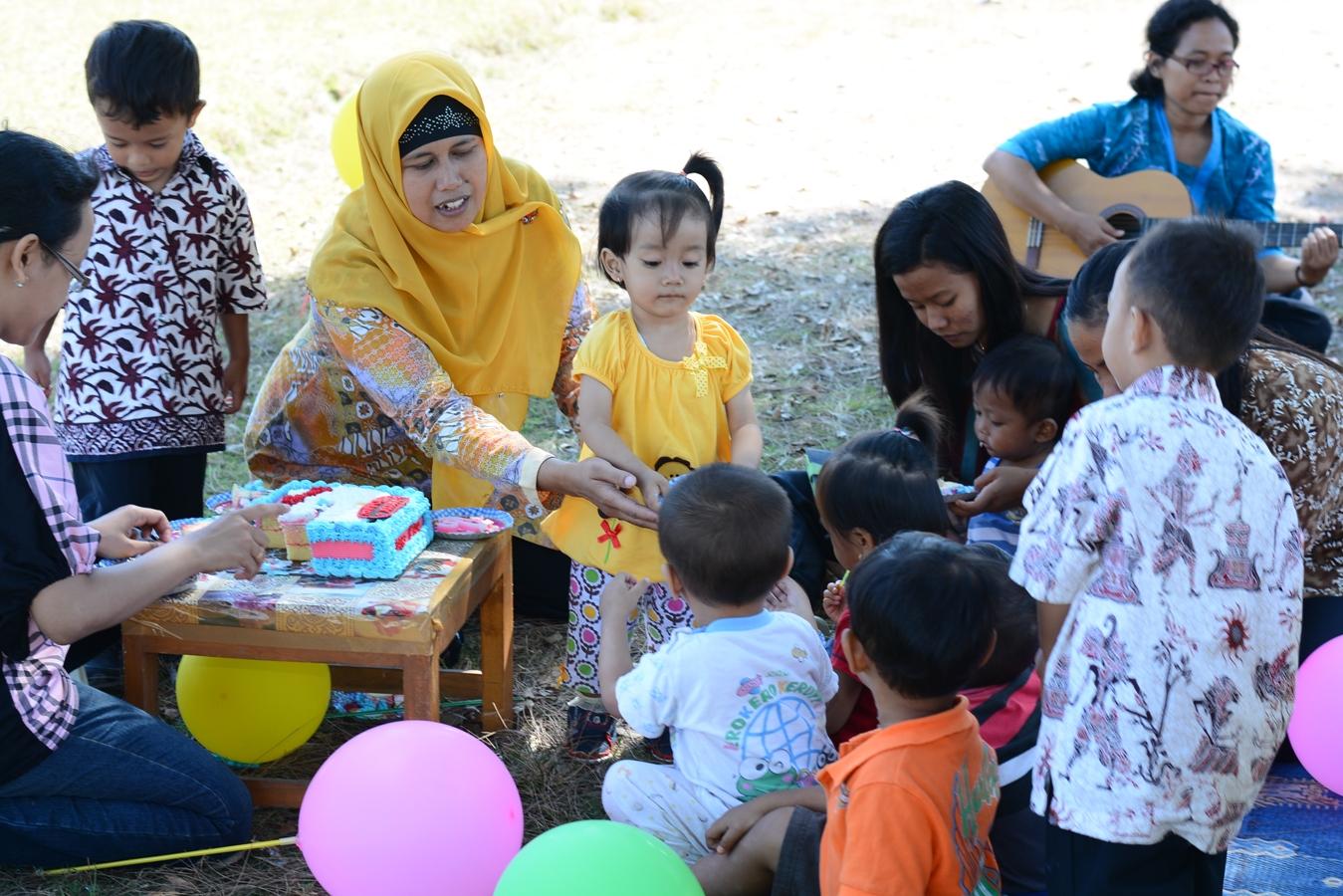 Luna S 2nd Birthday Party Noni Rosliyani